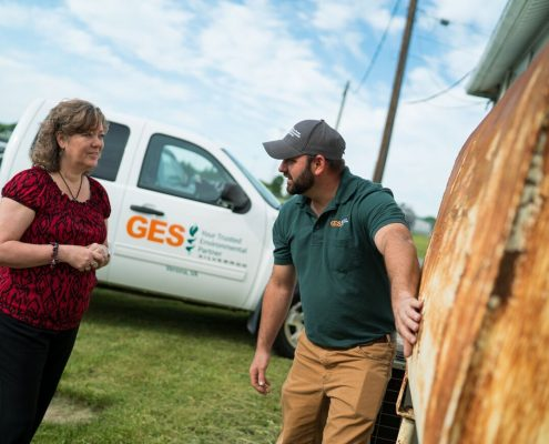 GES Consultant Explaining Tank Situation To Customer
